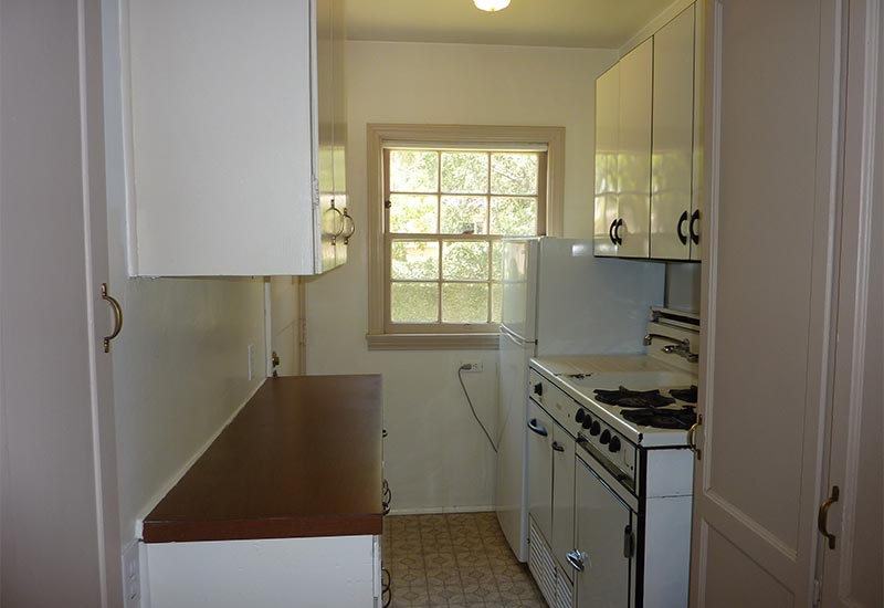 Colonel's Cottage Kitchen