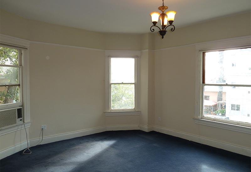 Woodcraft Manor Room 7